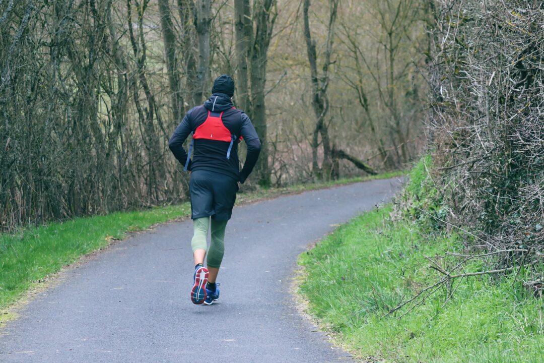 I bez fitka si můžete dobře zacvičit – stačí vyrazit ven!
